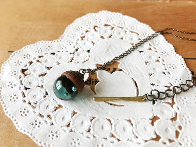 12月のきりんさんのどんぐりのネックレスをお迎えしました~!